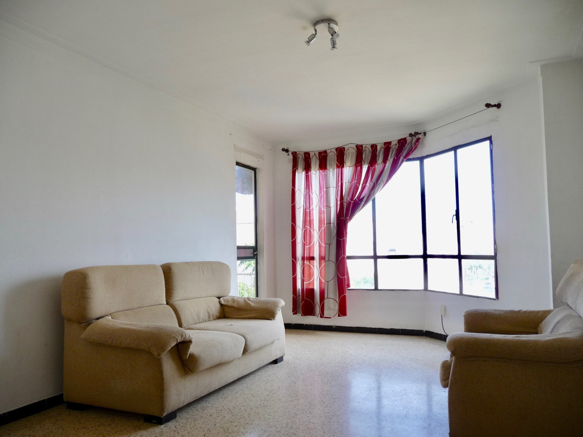 FLAT IN FELIPE II STREET OF PALMA 3 FLAT WITHOUT ELEVATOR OF 87 M2 WITH 3 BEDROOMS (2 DOUBLES AND ON, Spain