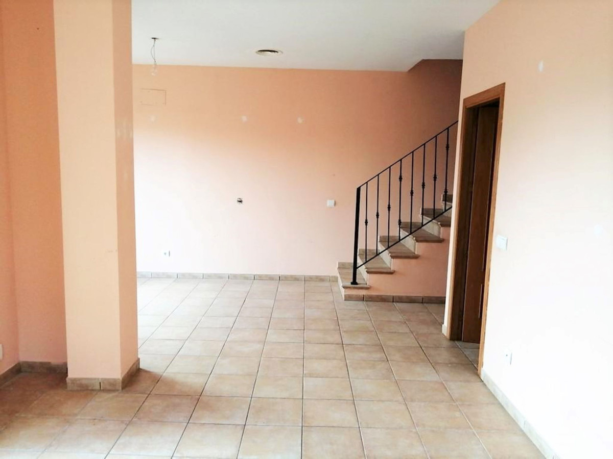 Semi-detached in Sa Cabaneta (Marratxi) of about 160 m2 with garage, on the main floor at its entran,Spain