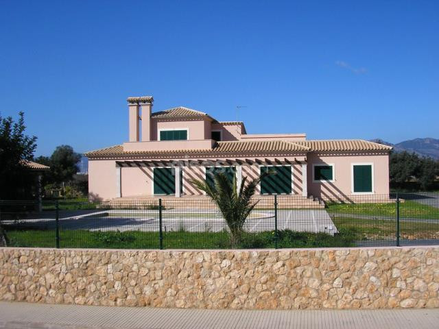 Spacious brand new in Sa Planera (Marrarxi)of 350 m2 on a plot of 2. 000 m2 villa, four bedrooms, tw, Spain