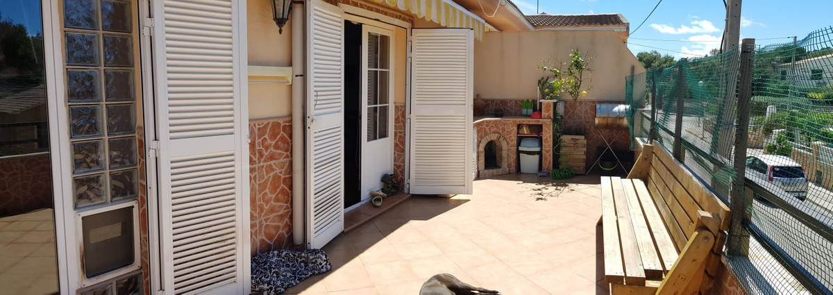 El Toro (Calvia) Spacious apartment, first, free roof in building of only 4 neighbors, 110 m2 plus t, Spain