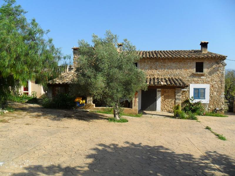 Rustic, in MARRATXINET area, 200 meters separated in two houses, one of them on 2 floors. 400 meters, Spain