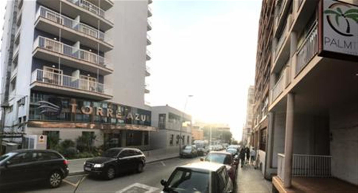 VERY SPACIOUS FLAT OF 140 M2 IN PLAYA DE PALMA  WITH LARGE TERRACE OF 69 M2 WITH 3 BEDROOMS, BATHROO,Spain