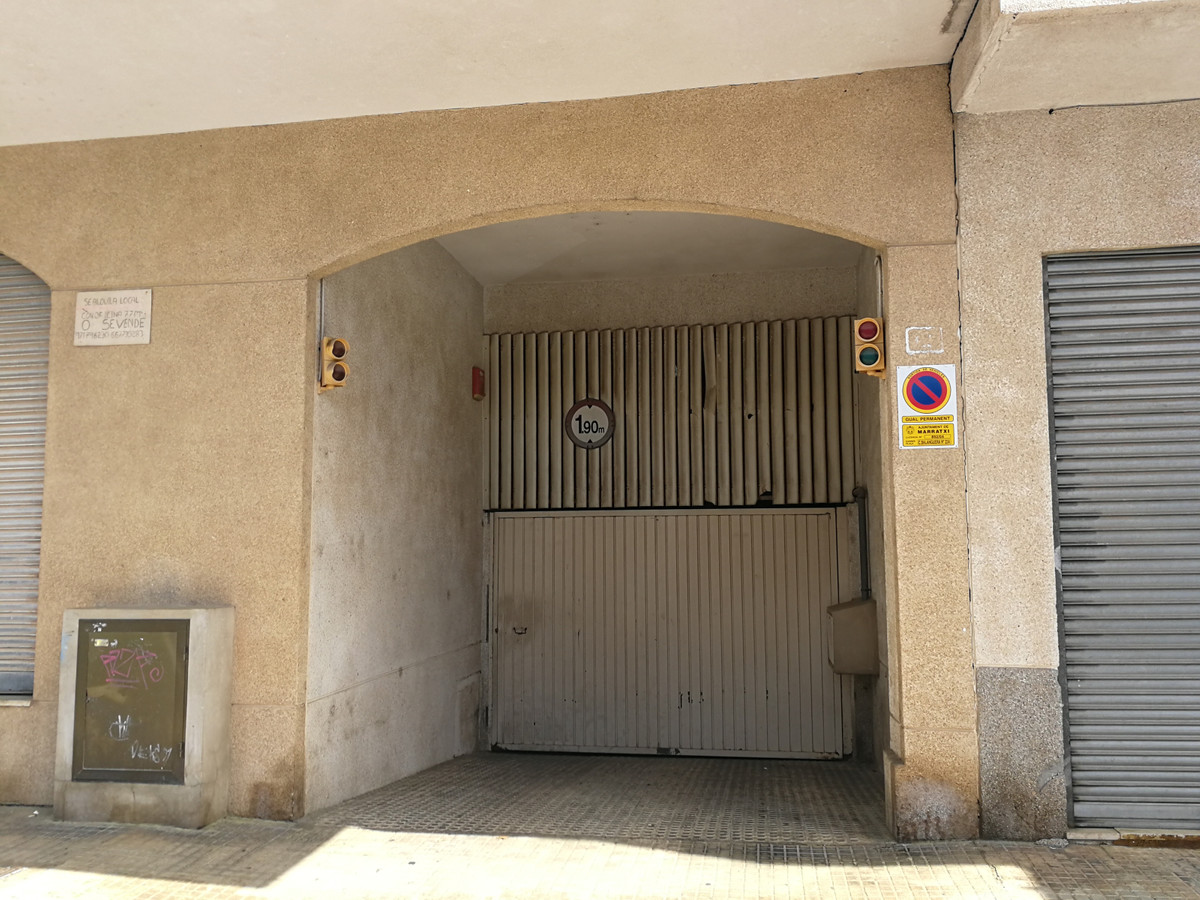 Parking space in Sa cabana (Marratxi) of about 20 m2 for two car, Spain