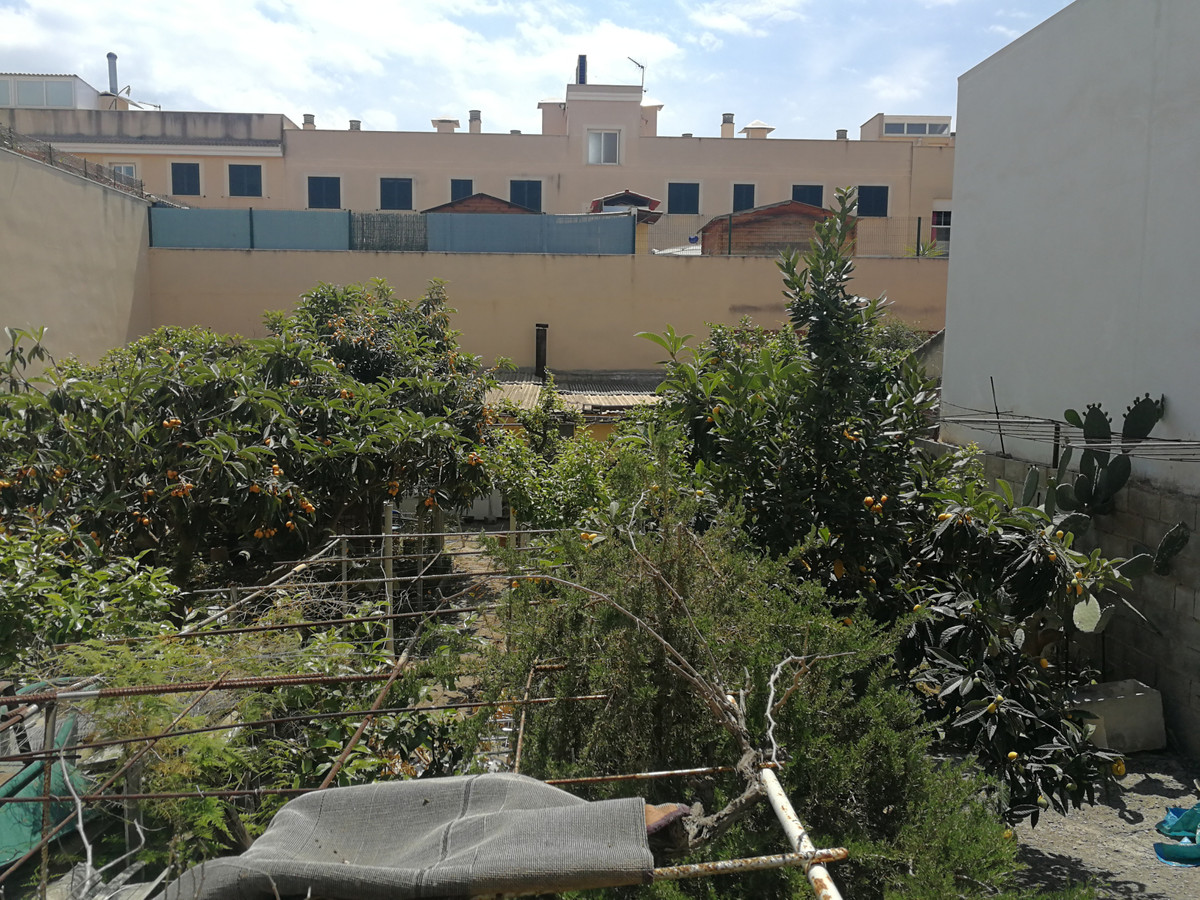 URBAN PLOT IN PONT DINCA MARRATXI WITH 385 M2, BASIC BUILDING CAN BE BUILT, GROUND FLOOR TWO HEIGHTS, Spain