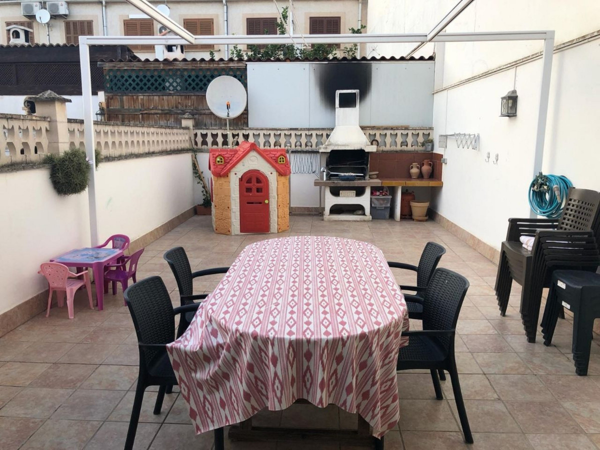 Terraced house in Son Ferriol, one of the areas of Palma with the most demand. The ground floor cons,Spain