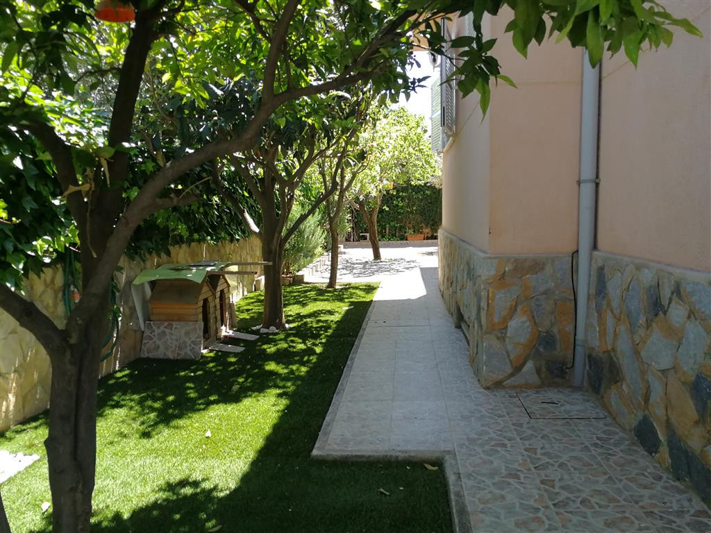 Cas Miot (Marratxi) villa on a plot of 450 m2 all on the ground floor with three bedrooms and two ba, Spain