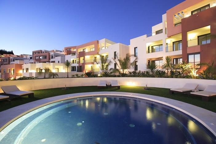 Moyen étage Appartement à vendre à Marbella - R3295249