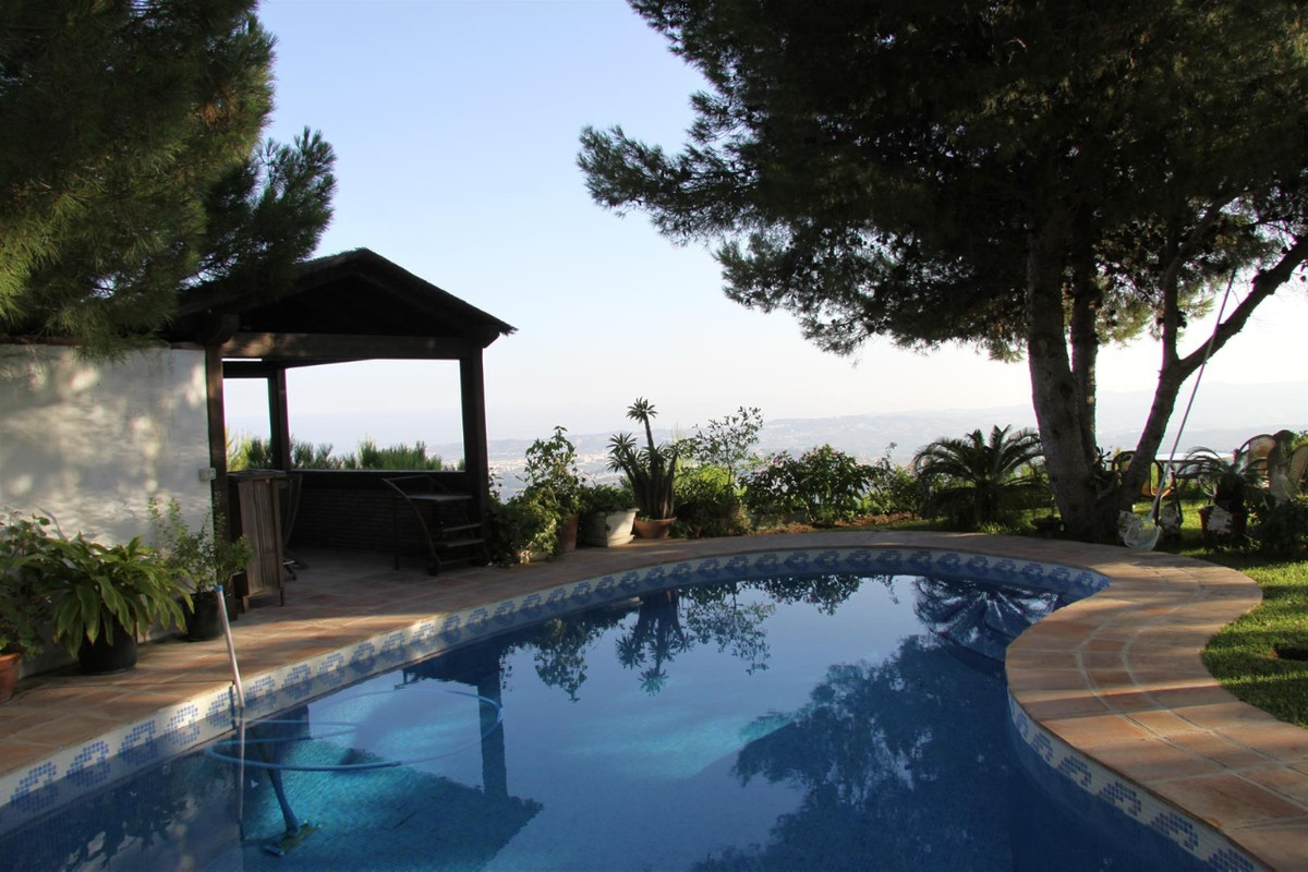 4 Bedroom Detached Villa For Sale Mijas