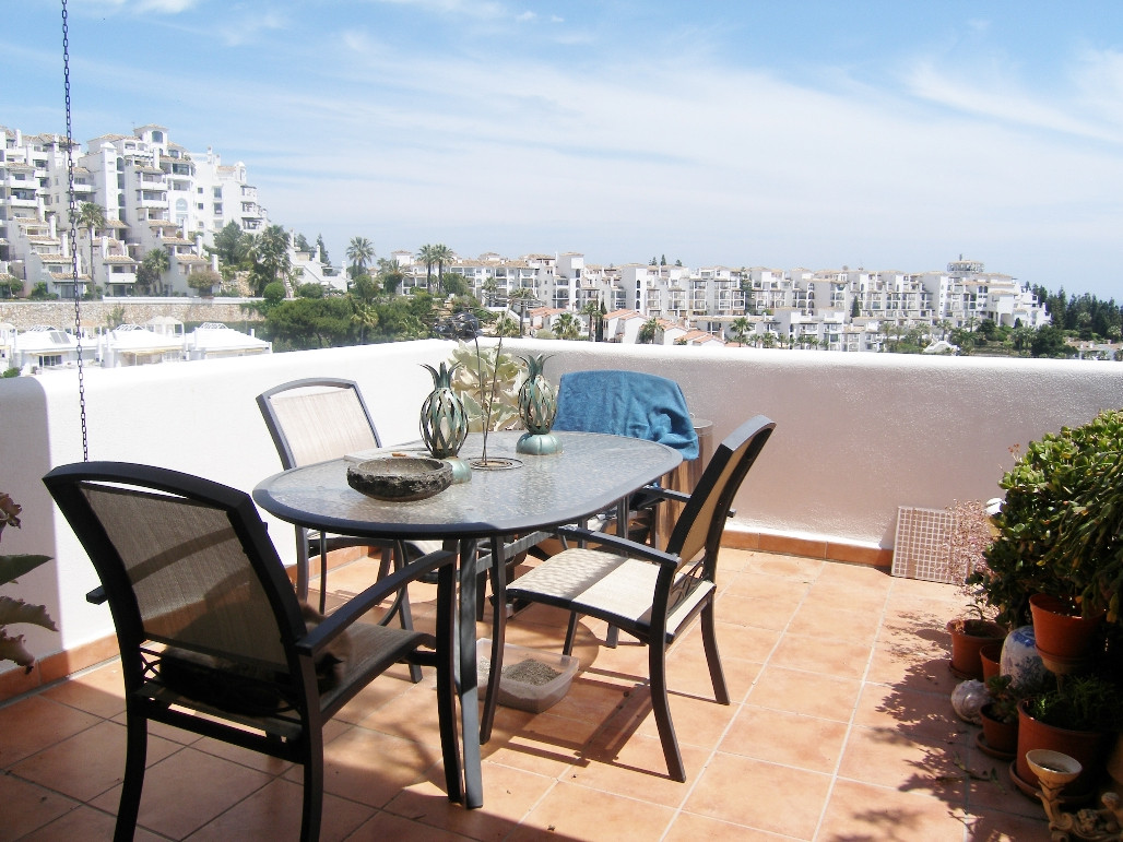 Calahonda Town House for Sale
