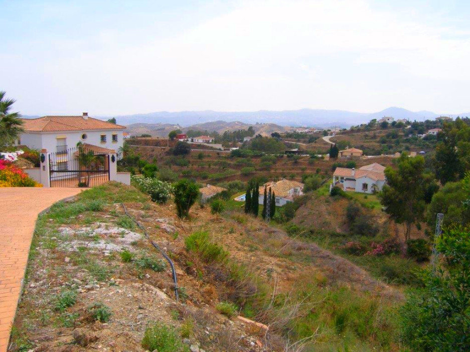 4-bed-Residential Plot for Sale in Mijas
