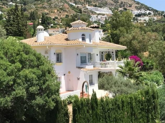 SOLE AGENCY. A CLASSICALLY ELEGANT MIJAS VILLA WITH A MODERN INTERIOR AND A TYPICALLY ANDALUCIAN FAC,Spain