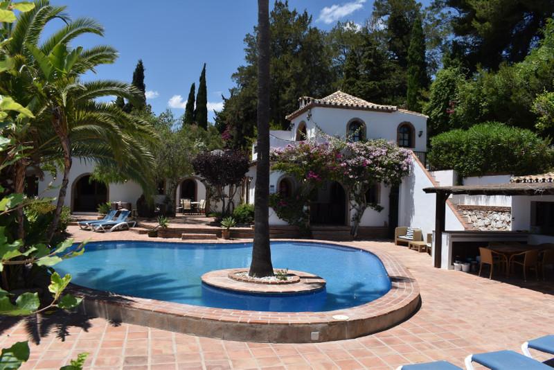 Villa – Chalet a la venta en Mijas – R3456325
