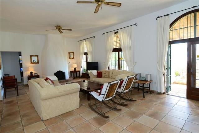Villa – Chalet a la venta en Mijas – R3172330
