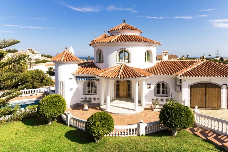 Villa – Chalet a la venta en Mijas Costa – R3341593