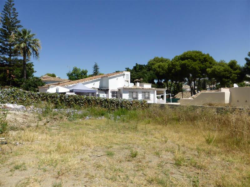 Residential Plot in Nueva Andalucia