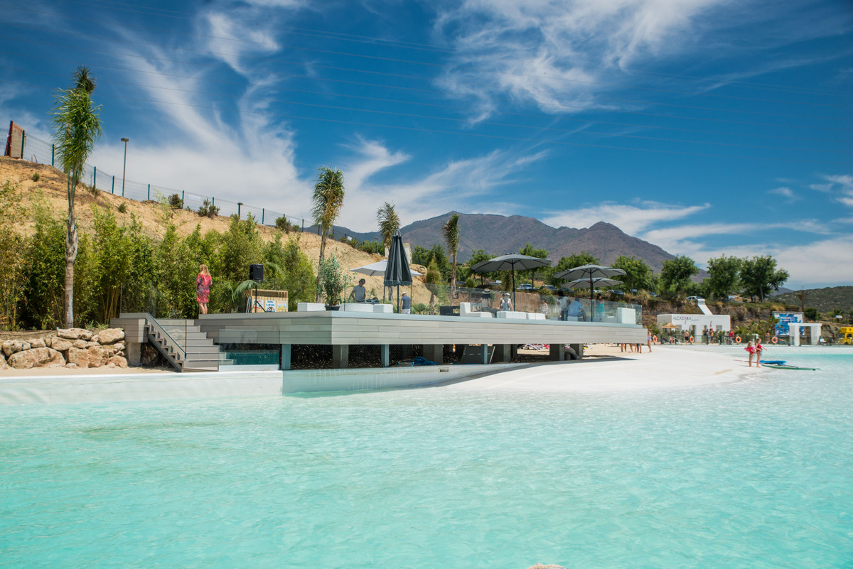 <p>This development is the residential development of your dreams, stretching through over 40,,Spain