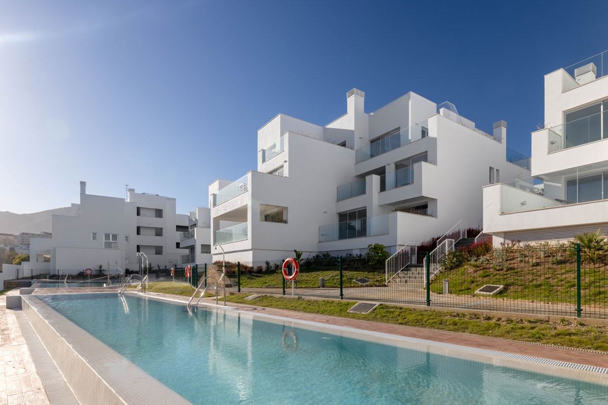 Apartments in Benalmadena R3304702