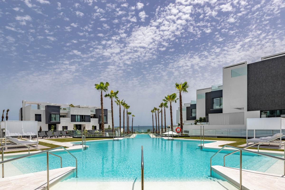Villa  Adosada en venta   en Estepona