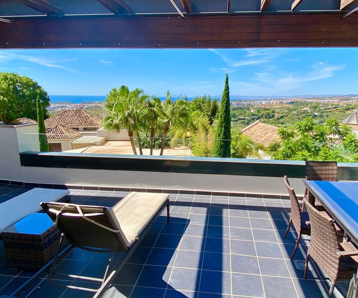 Marbella Banus Apartamento en Venta en Benahavís – R3418405