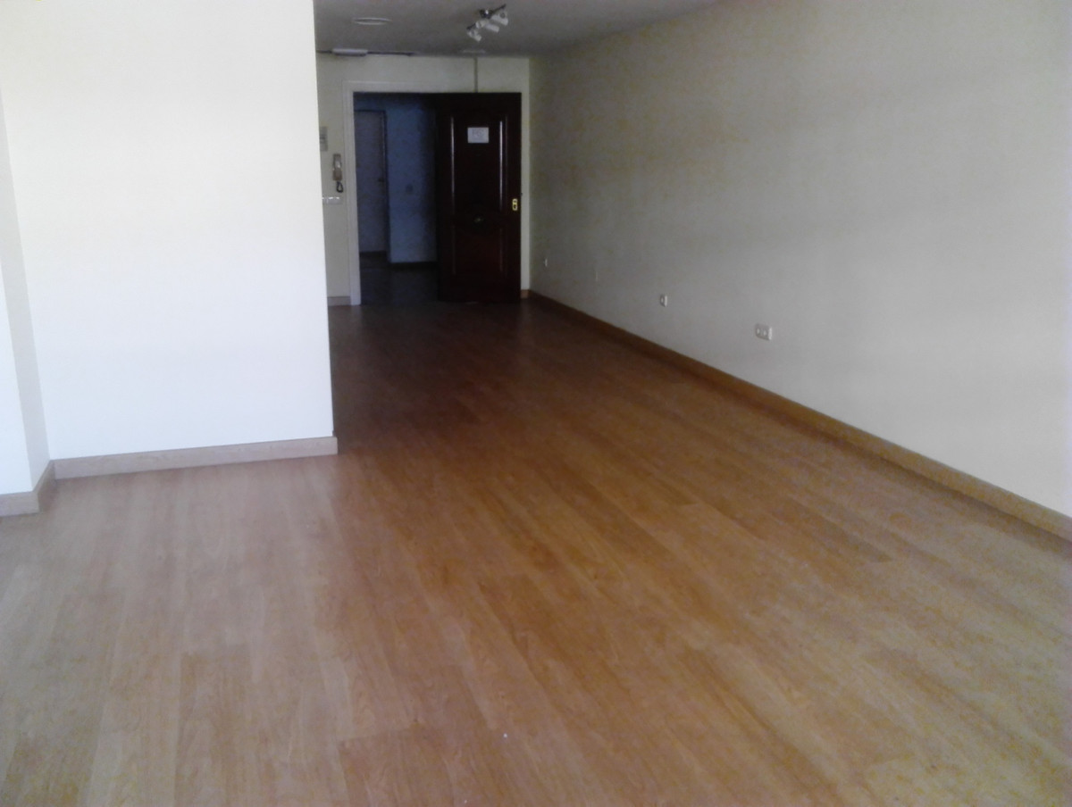 R2855654: Commercial for sale in Marbella
