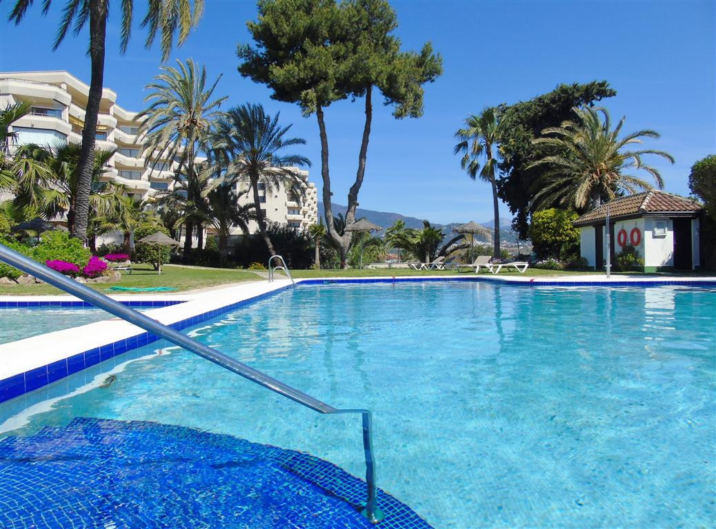 First line golf apartment. Located in the Atalaya Golf & Country Club,  3 km from the beach and , Spain