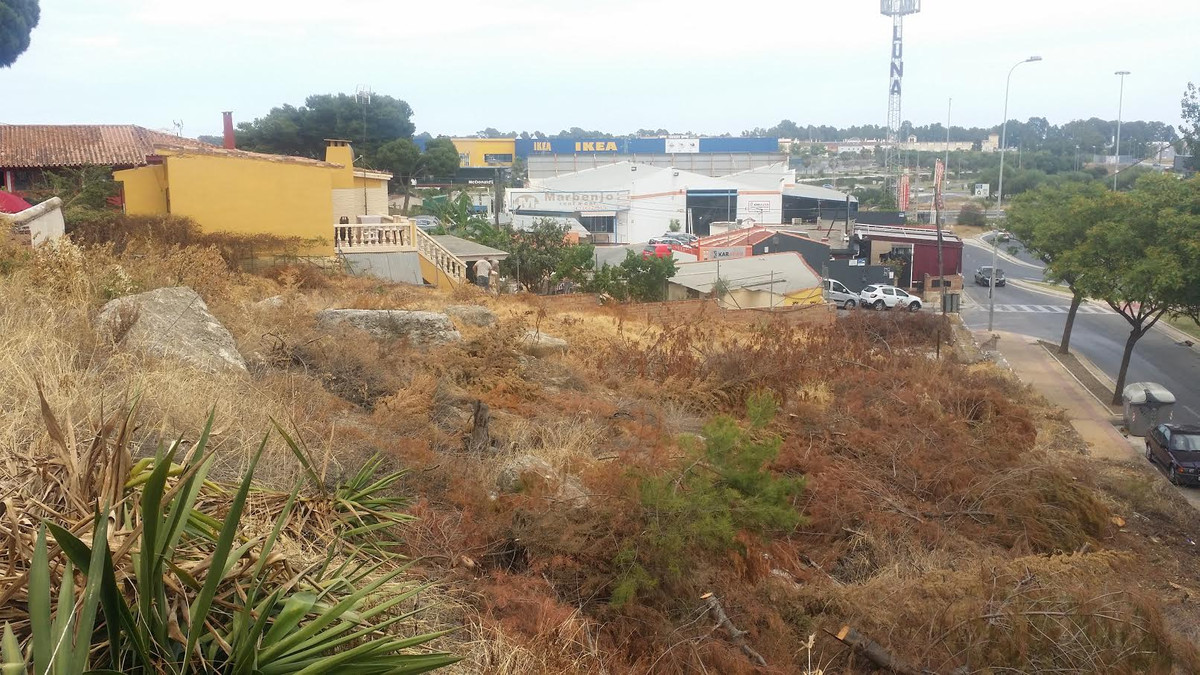 Residencial plot for building 2 Villas.  Located very close to Ikea / Airport / N-340  Very good acc,Spain