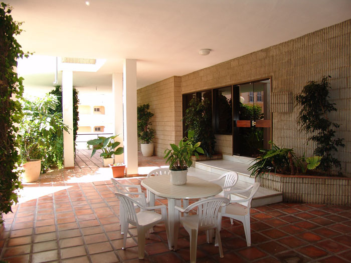 3 Bedroom Middle Floor Apartment For Sale La Carihuela