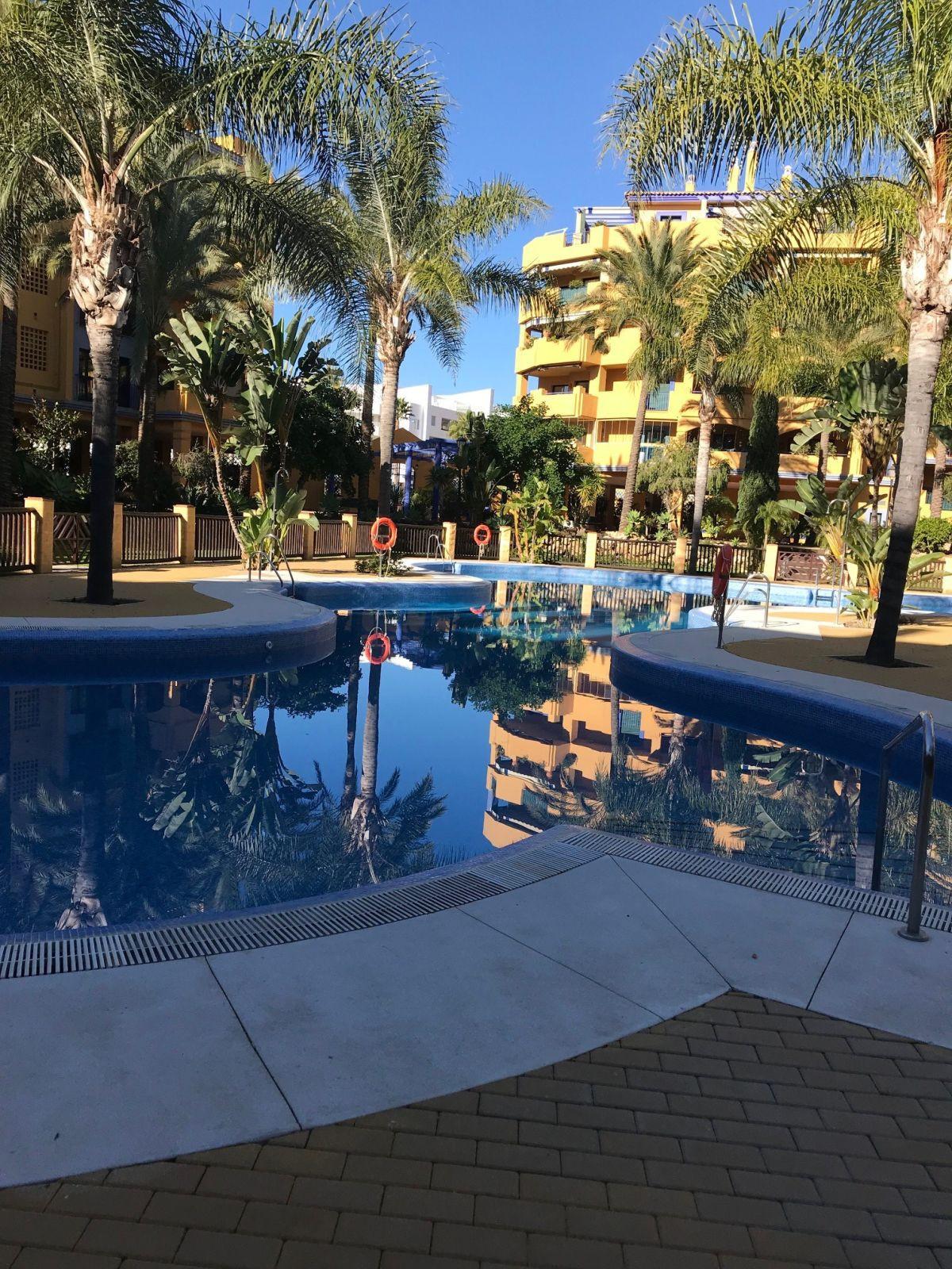 Marbella Banus Apartamento en Venta en San Pedro de Alcántara – R3330850