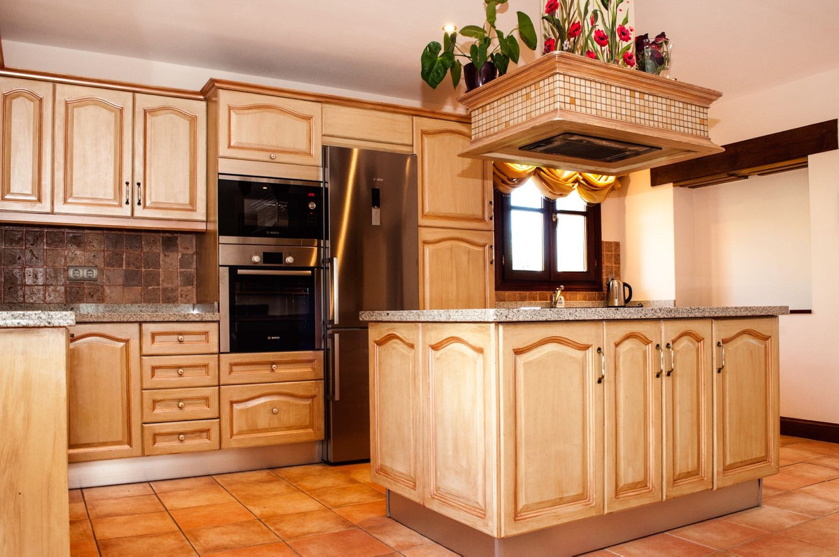 Villa con 6 Dormitorios en Venta La Zagaleta