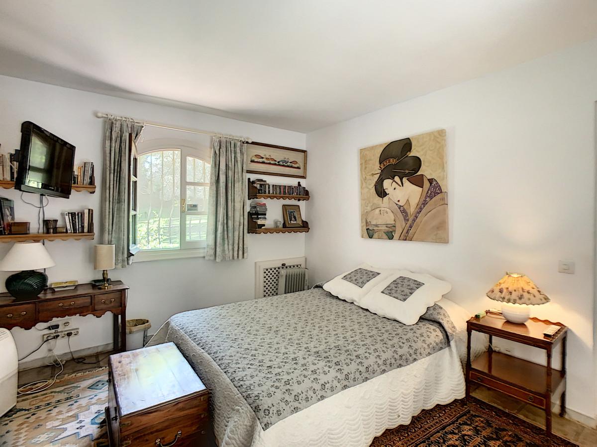 Villa – Chalet en Venta en Benahavís – R3681644