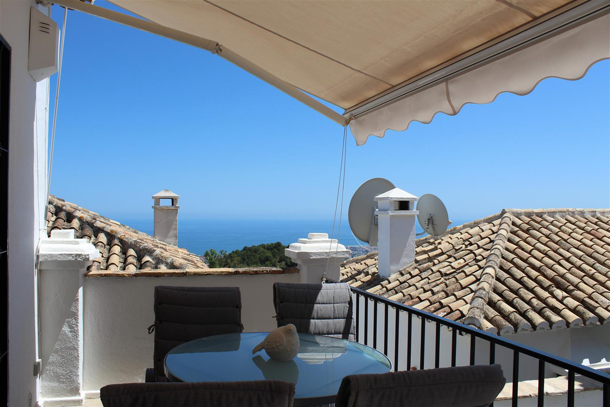 *********NEW EXCLUSIVE LISTING, 2 BEDROOM TOWNHOUSE IN THE CENTRE OF MIJAS PUEBLO*******  This beaut, Spain