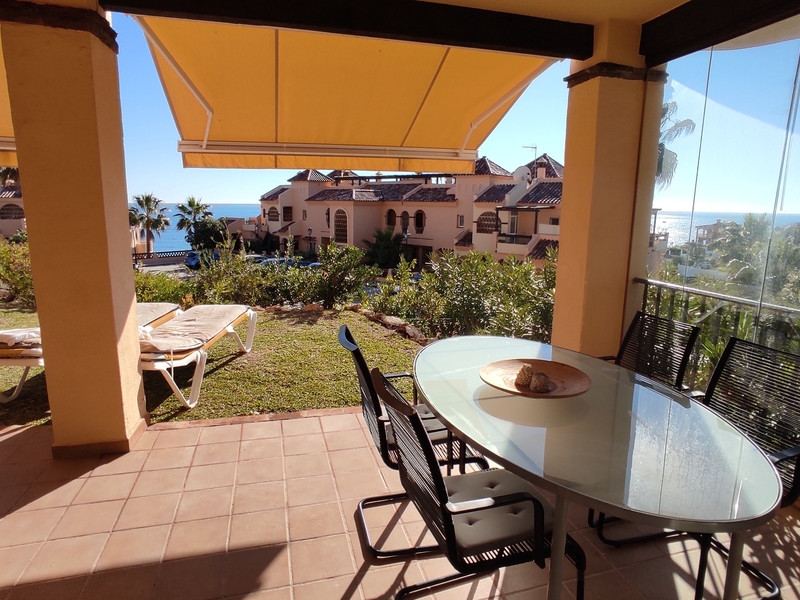 this well positioned ground floor garden apartment located in a much sought after Club La Costa Worl,Spain