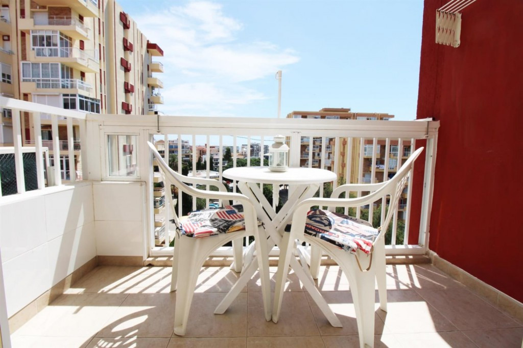 Originally listed at 108.000 € now reduced to 89.000 € Studio apartment that we find in Benalmadena ,Spain