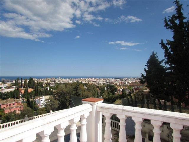 Originally listed for 500,000€ and recently reduced to 445,000€.  Beautiful villa with superb views.,Spain