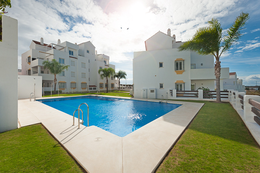 Beautiful penthouse located in the heart of a golf valley inside a nice complex called Valle Romano ,Spain