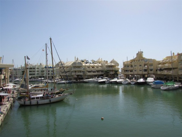 Originally listed for 480,000€ and recently reduced to 410,000€.  Beautiful apartment with one bedro, Spain