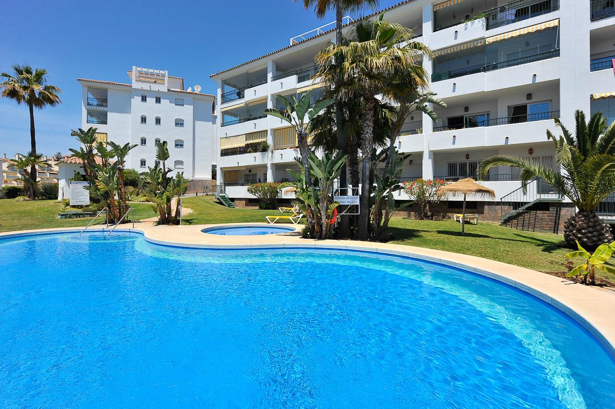 Lägenhet på mellanplan i Mijas Costa R3182905