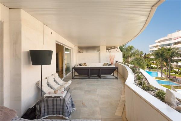 Apartment for sale in Marbella - Puerto Banus - Marbella - Puerto Banus Apartment - TMRO-R3215047