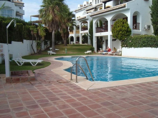 Originally listed for 139,000€, recently reduced to 133,000€. Superb Positioned 3rd floor apartment ,Spain