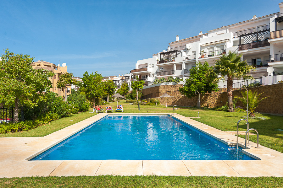 This magnificent apartment is not to be missed.  Boasting bright and spacious rooms including a huge, Spain