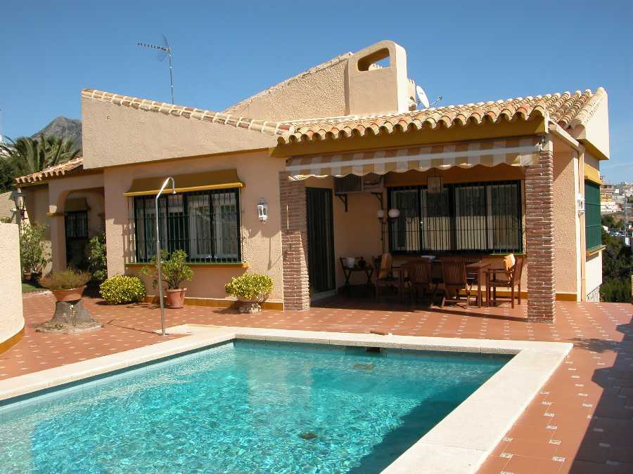 Originally listed for 930,000€ and recently reduced to 749,000€. Villa,  Residential,  Fitted Kitche,Spain