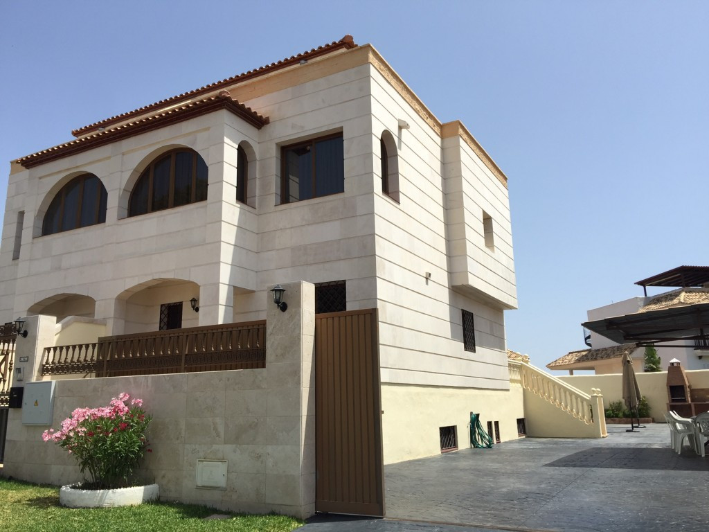 Townhouse for sale in Benalmadena R2702813