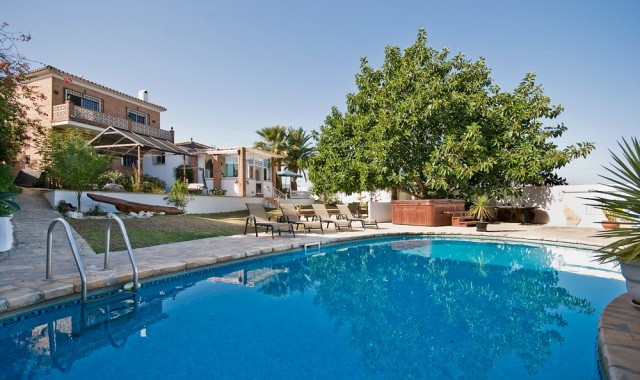 Originally listed for €650,000, reduced to €390,000 for a quick sale. This villa offers bright and s,Spain