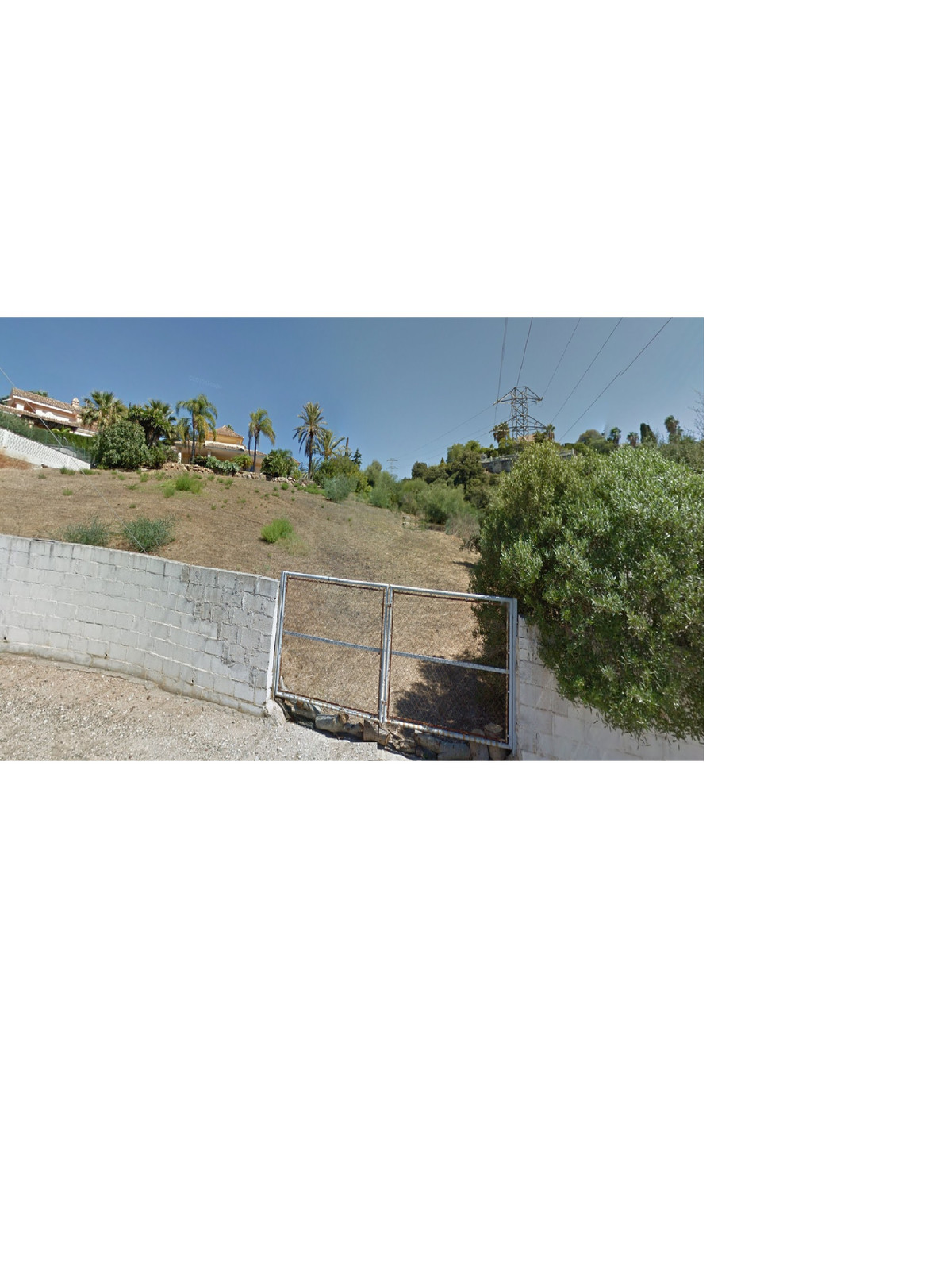 Great plot of land that we find in the area of Elviria. Situated in an elevated position, where you ,Spain