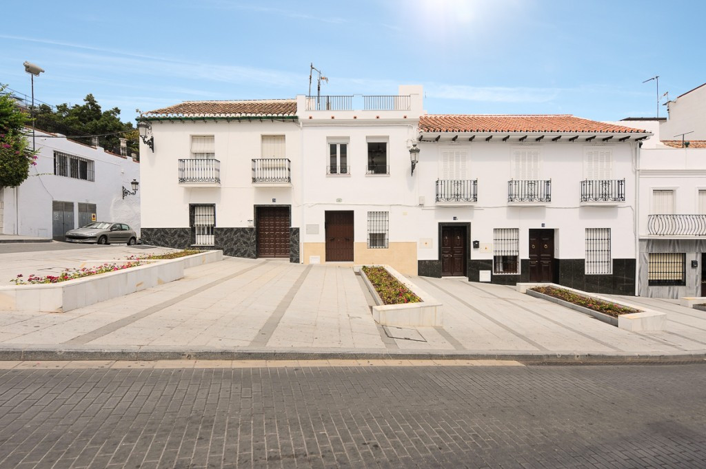 Fantastic town house that we found in the heart of Alhaurin el Grande. Fully renovated, equipped and,Spain