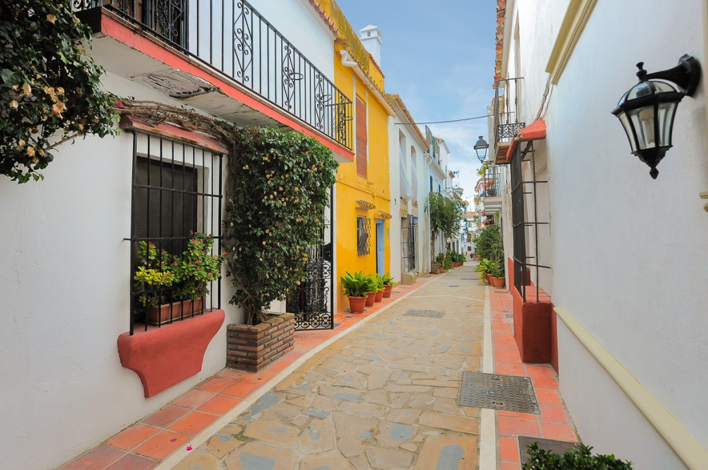 A rare opportunity to acquire a fabulous townhouse located in the well-known old town of Marbella, w, Spain