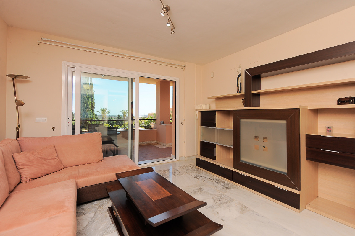 Apartment in Alhaurín de la Torre R3468223 6 Thumbnail