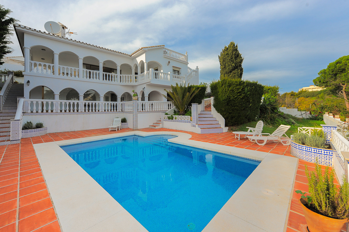 Quietly situated within walking distance of the beach, this beautiful villa is located in Mijas Cost, Spain