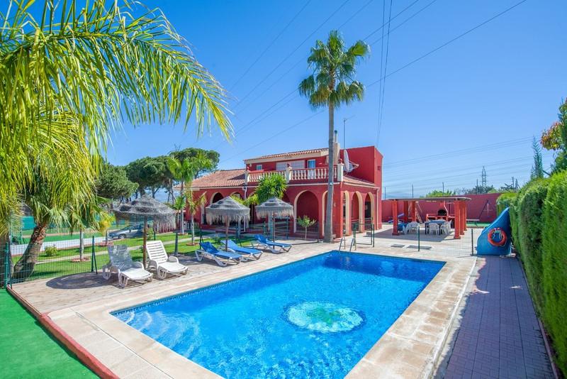 Marbella Banus Villa – Chalet en venta en Alhaurín de la Torre – R111996