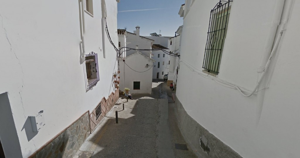 Great townhouse located in the village of Casarabonela. Very spacious house with fully furnished kit, Spain